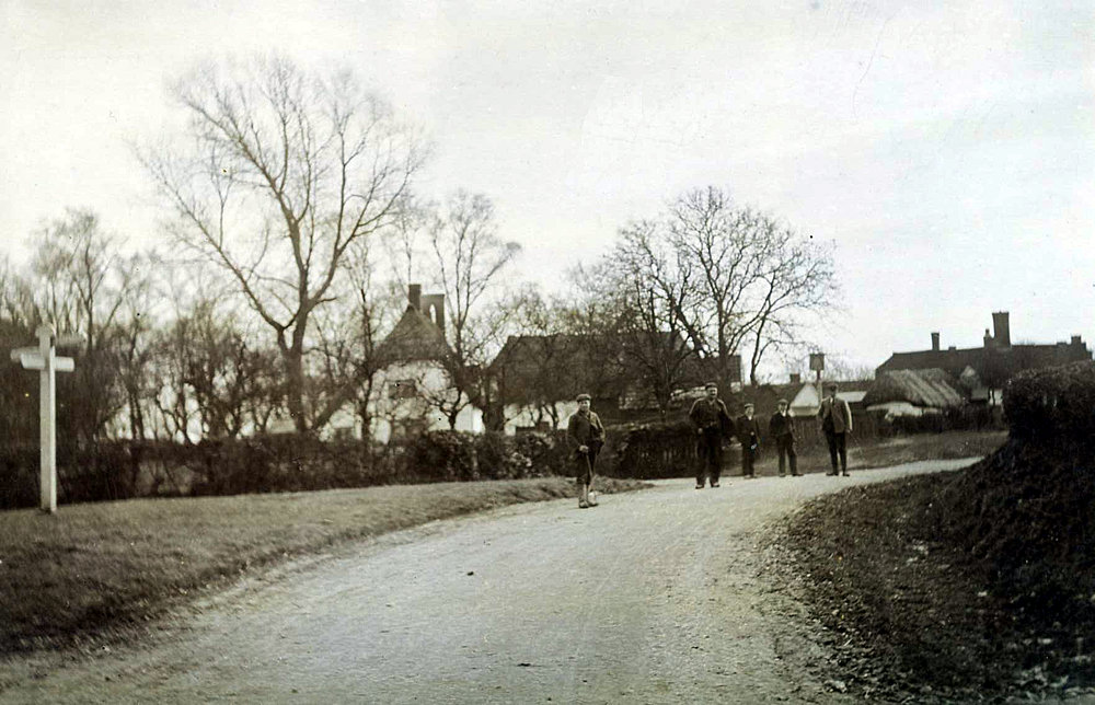 Roadmending 1911