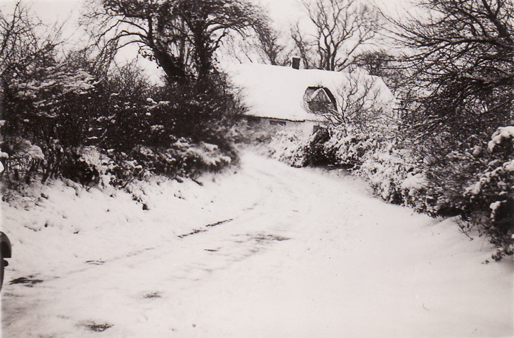 Church Cottage in the snow – 1960s