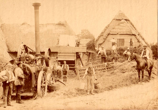 Traction Engine at Builden End